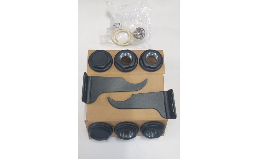 Комплект пробок для радиатора Black Coffee 1/2 с креплением